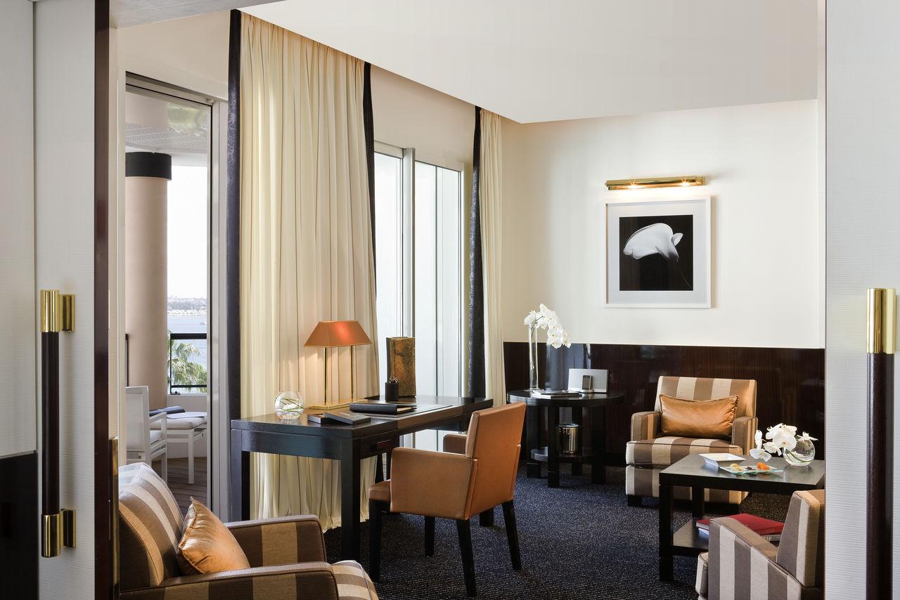 Double Prestige Sea View Terrace Suite