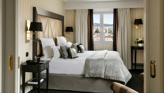 Suite Supérieure, Hôtel Barrière, Cannes