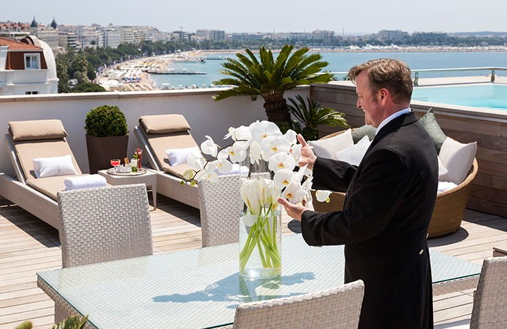 Hôtel Barrière Cannes - Le Majestic - Majestic Suite - Terrace - Table - Sea View