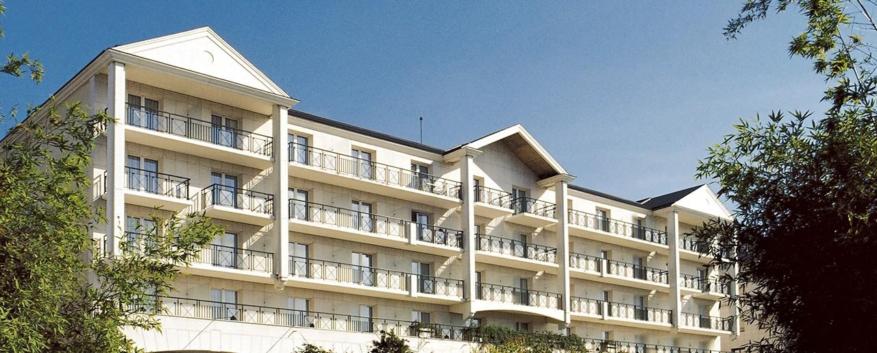 L Hotel Du Lac Barriere Enghien Les Bains Boutique Hotels