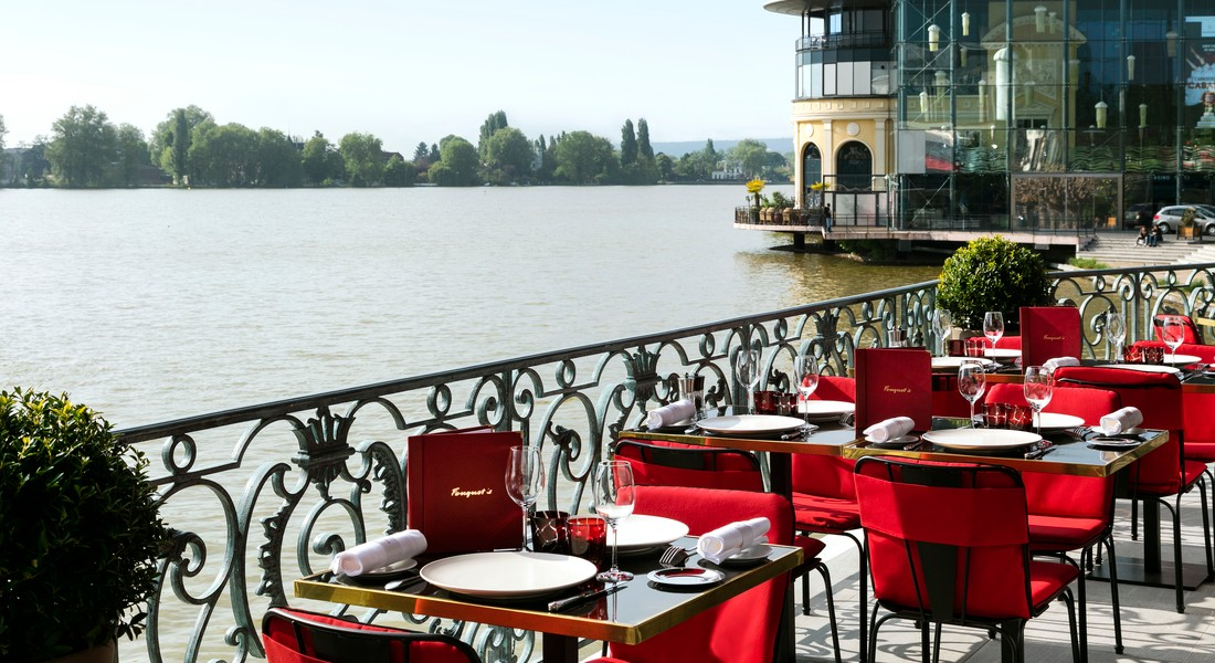 Le grand h tel barri re enghien les bains luxury hotel for Fouquet s enghien