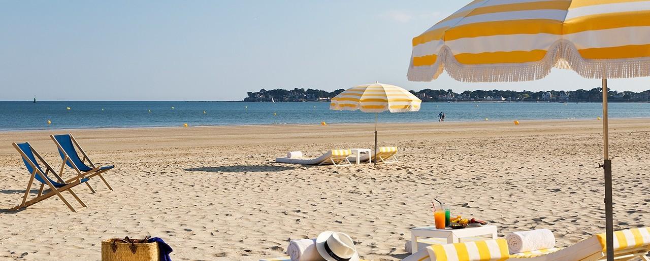 the beach activities la baule hotel barri re. Black Bedroom Furniture Sets. Home Design Ideas