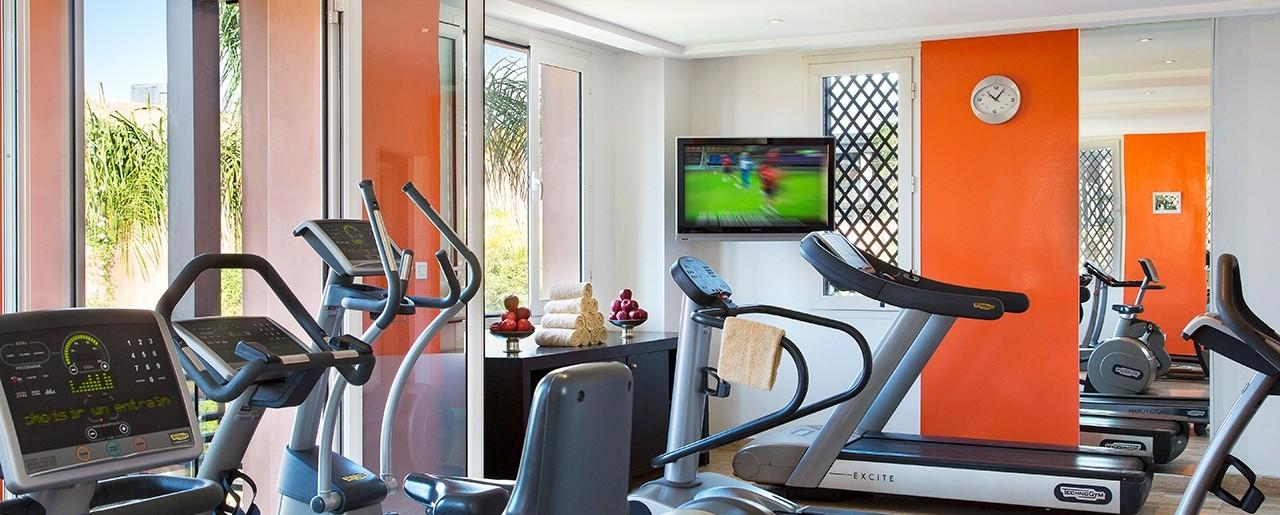 le centre de fitness les cours de coaching h tel barri re le naoura marrakech. Black Bedroom Furniture Sets. Home Design Ideas