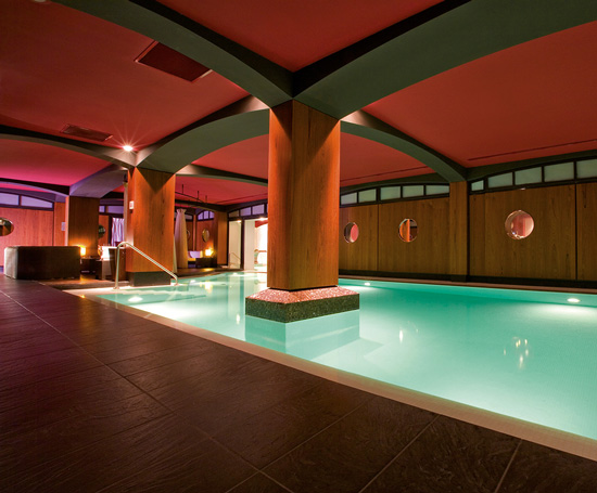 Les activit s dans les h tels barri re golf thalasso spa casino piscine fitness tennis - Barriere piscine plexiglas lille ...